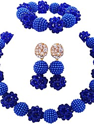 Недорогие -Жен. Одинарная цепочка Комплект ювелирных изделий - Австрийские кристаллы Мода Включают Струнные ожерелья Зеленый / Ярко-розовый / Светло-коричневый Назначение Для вечеринок
