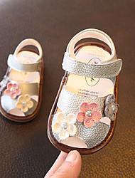 Недорогие -Девочки Обувь Кожа Лето Обувь для малышей Сандалии Цветы / На липучках для Дети Золотой / Серебряный