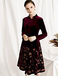 Недорогие -Жен. Винтаж Маленькое черное / С летящей юбкой Платье - Цветочный принт, Пайетки Средней длины