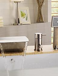 Недорогие -Смеситель для ванны - Подставка Матовый Ванна и душ Керамический клапан Bath Shower Mixer Taps / Три ручки Три отверстия
