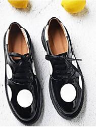 Недорогие -Жен. Обувь Наппа Leather Весна / Лето Удобная обувь Туфли на шнуровке Микропоры Закрытый мыс Черный / Военно-зеленный