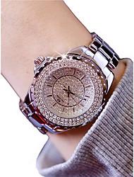 baratos -Mulheres Relógio de Pulso Cronógrafo / Luminoso / Relógio Casual Lega Banda Luxo / Rígida Prata / Dourada
