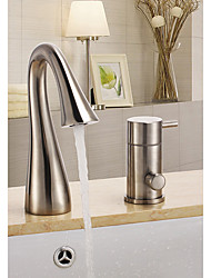 Недорогие -Смеситель для ванны - Профессиональный / Подставка Матовый Ванна и душ Керамический клапан Bath Shower Mixer Taps / Три ручки Три отверстия