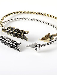 hesapli -Kadın's Eski Tip Tarz Halhallar - Arrow Şık, Basit, Avrupa Bilezikler Mücevher Altın / Siyah / Gümüş Uyumluluk Günlük