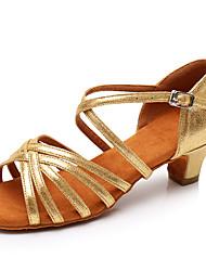 baratos -Mulheres Sapatos de Dança Latina Couro Envernizado Sandália / Salto Presilha Salto Grosso Personalizável Sapatos de Dança Dourado