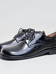 """Недорогие -Жен. Комфортная обувь Лакированная кожа Весна Стиль """"Школьная форма"""" Туфли на шнуровке На низком каблуке Черный"""