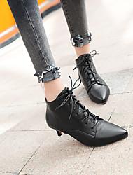 billiga -Dam Fashion Boots Imitationsläder Höst vinter Stövlar Liten klack Spetsig tå Korta stövlar / ankelstövlar Vit / Svart / Röd