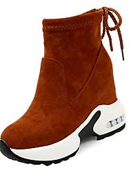 Недорогие -Жен. Fashion Boots Полиуретан Осень Ботинки Микропоры Круглый носок Черный / Темно-коричневый