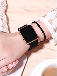 Недорогие -Жен. электронные часы Квадратные часы Цифровой силиконовый Черный 30 m Творчество ЖК экран Цифровой Мода - Лиловый Пурпурный Розовое золото