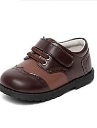 abordables -Garçon Chaussures Cuir Printemps & Automne Confort Oxfords Lacet / Scotch Magique pour Bébé Noir / Marron