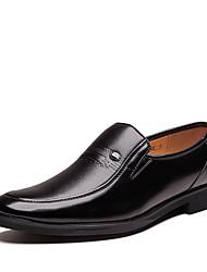 baratos -Homens Sapatos Confortáveis Microfibra Primavera & Outono Mocassins e Slip-Ons Preto / Marron