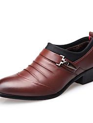 baratos -Homens Sapatos Confortáveis Microfibra Outono & inverno Oxfords Preto / Marron