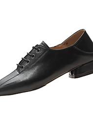 halpa -Naisten PU Kevät Vapaa-aika Oxford-kengät Matala korko Musta / Beesi