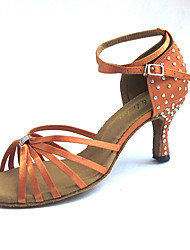 """Недорогие -Жен. Обувь для латины Сатин На каблуках Crystal / Rhinestone Каблук """"Клеш"""" Персонализируемая Танцевальная обувь Миндальный"""