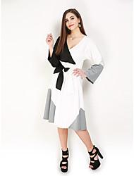 hesapli -Kadın's Büyük Bedenler Parti Tatil Sokak Şıklığı Zarif A Şekilli Kılıf Elbise - Zıt Renkli, Bağcık V Yaka Midi Siyah ve Beyaz Siyah gri