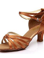 billige -Dame Sko til latindans Satin Hæle Cubanske hæle Dansesko Sølv / Mørkebrun / Hudfarve