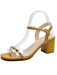 hesapli -Kadın's Ayakkabı PU Yaz Günlük Sandaletler Kalın Topuk Günlük için Perçin Beyaz / Siyah / Sarı