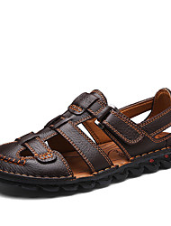 Недорогие -Муж. Комфортная обувь Наппа Leather Лето / Весна лето На каждый день Сандалии Дышащий Черный / Коричневый
