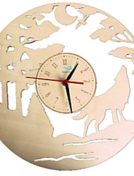 Недорогие -Настенные часы из волка из дерева настенные часы 3D часы ручной работы настенные художественный подарок для гостиной