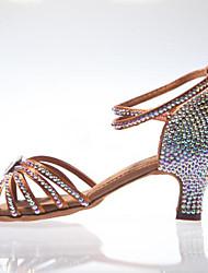 Недорогие -Жен. Танцевальная обувь Сатин Обувь для латины Пряжки / Кристаллы / Crystal / Rhinestone На каблуках Толстая каблук Черный / Коричневый / Выступление
