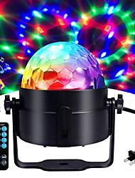 Недорогие -1 компл. Светодиодные фонари фонари управления звуком пульт дистанционного управления волшебные шары красочные вращающиеся огни бар DJ огни