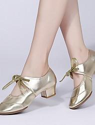 Недорогие -Жен. Танцевальная обувь Синтетика Обувь для латины На каблуках Кубинский каблук Черный / Белый / Золотой