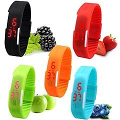 Dámské Sportovní hodinky Náramkové hodinky Hodinky na běžné nošení Digitální hodinky Digitální LED Silikon Kapela Sladkosti Černá Bílá