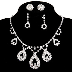 2 Pairs of Rhinestone Earrings with Wedding/Party Jewelry Sets Pendant Necklace Ring Bracelet Drop Earrings Stud Sets