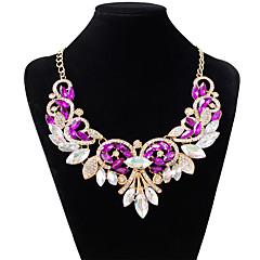 ieftine -Pentru femei Picătură Formă Modă Coliere Choker Diamante Artificiale Aliaj Coliere Choker Nuntă Petrecere Costum de bijuterii