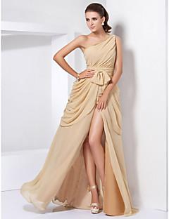 billiga Aftonklänningar-A-linje Enaxlad Golvlång Chiffong Formell kväll Klänning med Spets / Delad framsida av TS Couture®