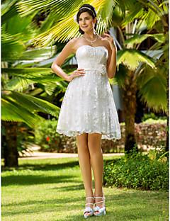 billiga Prinsessbrudklänningar-A-linje / Prinsessa Hjärtformad urringning Knälång Spets Bröllopsklänningar tillverkade med Bälte / band / Blomma av LAN TING BRIDE®