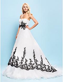 billiga Balbrudklänningar-Balklänning Hjärtformad urringning Hovsläp Organza Bröllopsklänningar tillverkade med Bård / Applikationsbroderi / Draperad av LAN TING BRIDE® / Brudklänning i färg