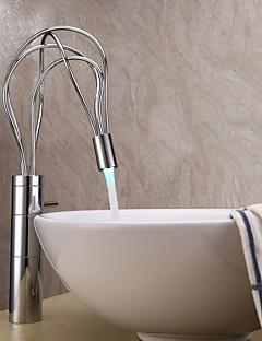 billige Sprinkle® Servantkraner-Sprinkle® Baderomskraner  ,  Moderne  with  Krom Enkelt Håndtak Et Hull  ,  Trekk  for LED / Senter-sett
