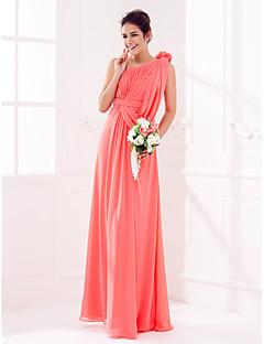 tanie Romantyczny róż-Ołówkowa / Kolumnowa Na jedno ramię Sięgająca podłoża Żorżeta Sukienka dla druhny z Drapowania / Szafra / Wstążka / Kwiat przez LAN TING BRIDE®