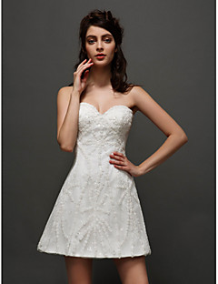 tanie Pierwszy taniec-Krój A Dekolt serduszko Krótka / Mini Tiul Suknie ślubne wykonane na miarę z Haft nakładany przez LAN TING BRIDE® / Krótkie białe