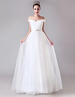 olcso -A-vonalú Földig érő Tüll Esküvői ruha val vel Kristály díszítés Pántlika / szalag Cakkos által LAN TING BRIDE®