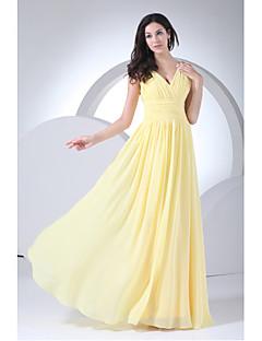 シース/コラムVネックの床の長さシフォンの花嫁介添人ドレスのサイドdrapingby xfls