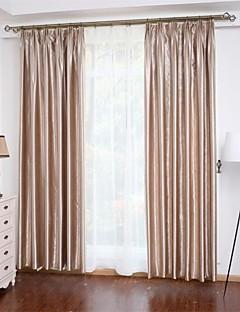 billige Egendefinerte gardiner-Skreddersydd Energisparing gardiner gardiner To paneler 2*(W107cm×L213cm) Gull / Mønsterpreget / Soverom