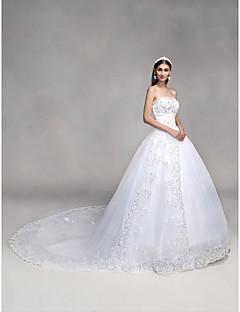С пышной юбкой Сердцевидный вырез С ультра-длинным шлейфом Кружева Тюль Свадебное платье с Бусины Пайетки Аппликации Бант от QQC Bridal