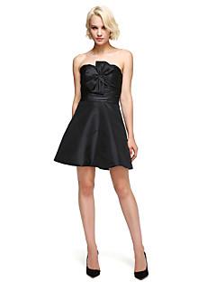 billige Små svarte kjoler-A-linje Trang og vid passform Kjære Kort / mini Taft Cocktailfest Kjole med Sløyfe(r) av TS Couture®