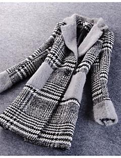 Dámské Proužky Běžné/Denní / Velké velikosti Jednoduché Kabát-Polyester Zima Dlouhý rukáv Červená / Černá Střední
