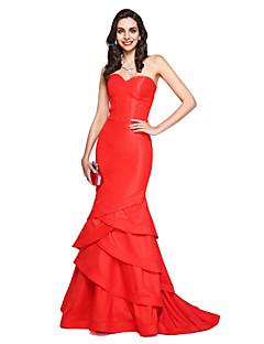 Χαμηλού Κόστους Dresses Inspired by First Daughter of America-Τρομπέτα / Γοργόνα Καρδιά Ουρά μέτριου μήκους Ταφτάς Επίσημο Βραδινό Φόρεμα με Με διαδοχικές σούρες με TS Couture®