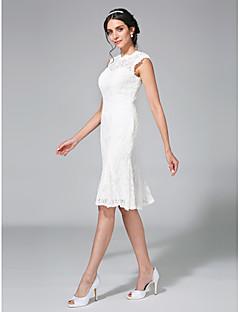 billiga Åtsmitande brudklänningar-Åtsmitande Bateau Neck Knälång Spets Bröllopsklänningar tillverkade med Spets av LAN TING BRIDE® / Liten vit klänning