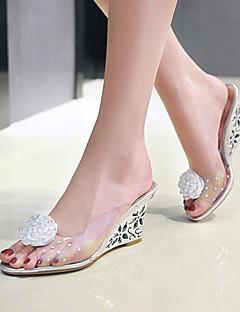 hesapli -Kadın's Ayakkabı PVC Bahar / Yaz Sandaletler Dolgu Topuk Burnu Açık Elbise / Parti ve Gece için Çiçekli Altın / Gümüş