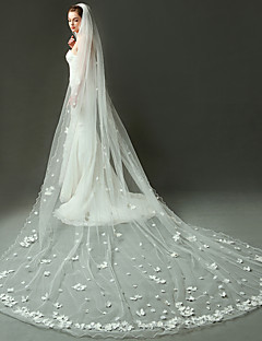 One-tier Pencil Edge Wedding Veil Cathedral Veils With Applique Ruched Organza