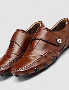 Χαμηλού Κόστους -Ανδρικά Παπούτσια άνεσης Δέρμα Καλοκαίρι / Φθινόπωρο Καθημερινό Μοκασίνια & Ευκολόφορετα Μαύρο / Καφέ