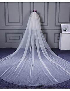 Menyasszonyi fátyol Kétkapcsos Könyékig érő fátylak Katedrális fátylak Vágott szegély Tüll