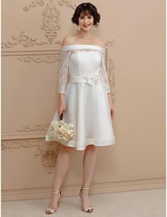 billiga Plusstorlek brudklänningar-A-linje Off shoulder Kort / mini Satäng / Genomskinlig spets Bröllopsklänningar tillverkade med Skärp / Band / Blomma av LAN TING BRIDE®