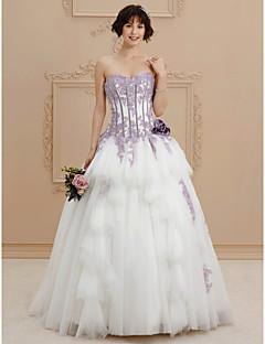 A-라인 스윗하트 채플 트레인 새틴 웨딩 드레스 와 비즈 아플리케 꽃패턴 으로 Ed Bridal