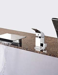 tanie Wodospad-Bateria Wannowa - Wodospad Zawiera prysznic ręczny Chrom Wanna rzymska Pojedynczy Uchwyt Trzy Otwory